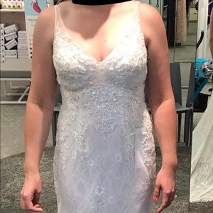 🔥Gorgeous Wedding Dress V Neck Size 8🔥